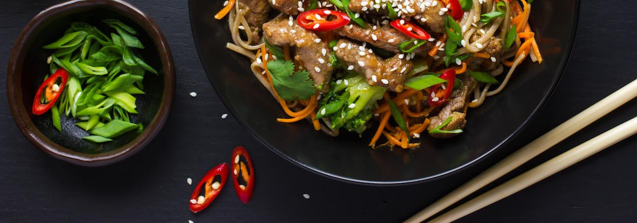 Stir-fried ostrich and vegetables