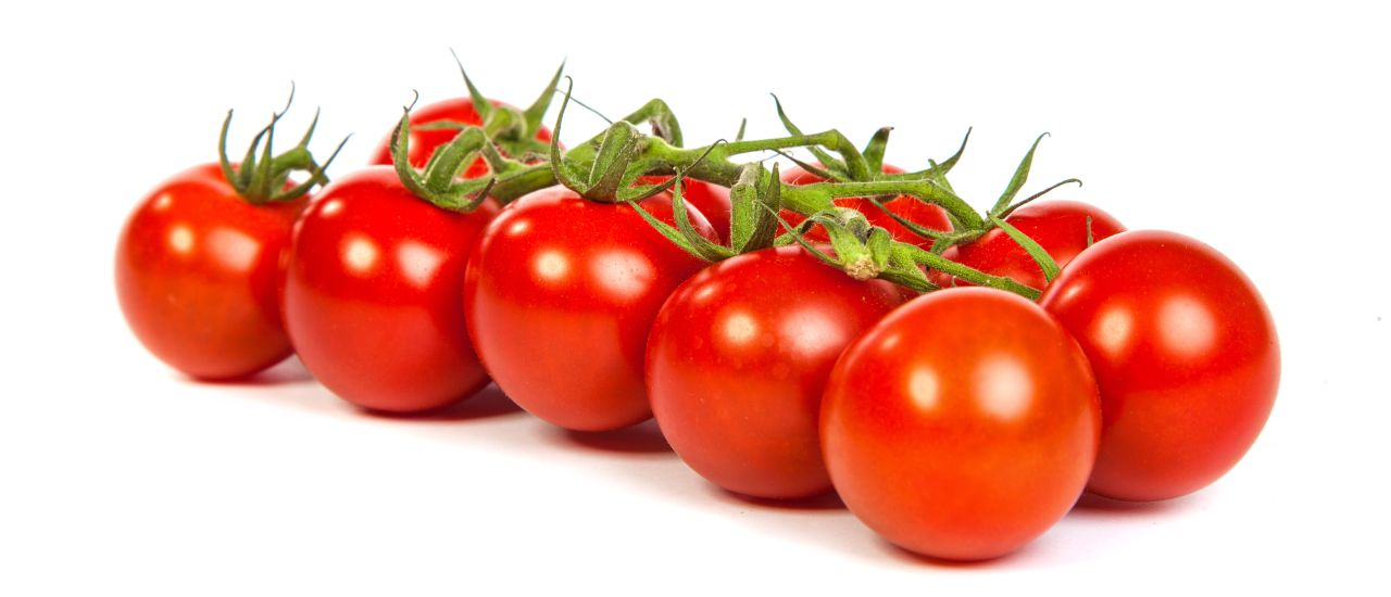 Cherry tomatoes with bocconcini