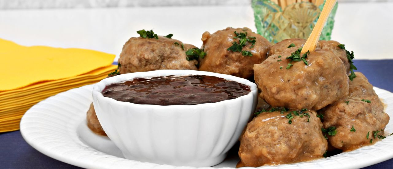 Swedish meatballs anyone? Sweden makes LCHF official!