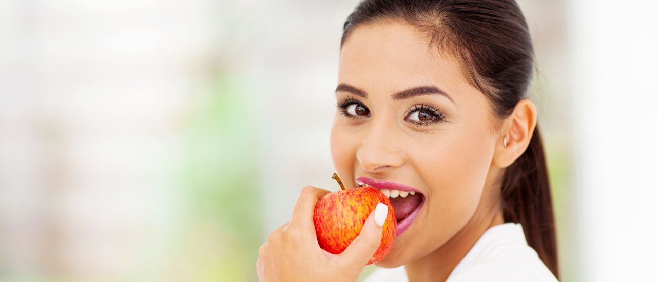 Can eating apples improve a woman's entire sexual experience?