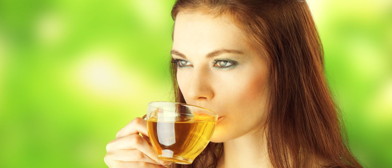 Want to detox after the holiday? Drink green tea!