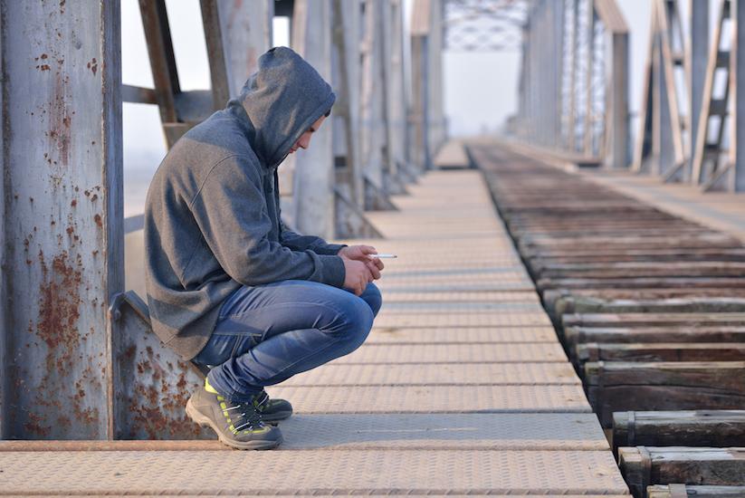 9 risk factors for suicide