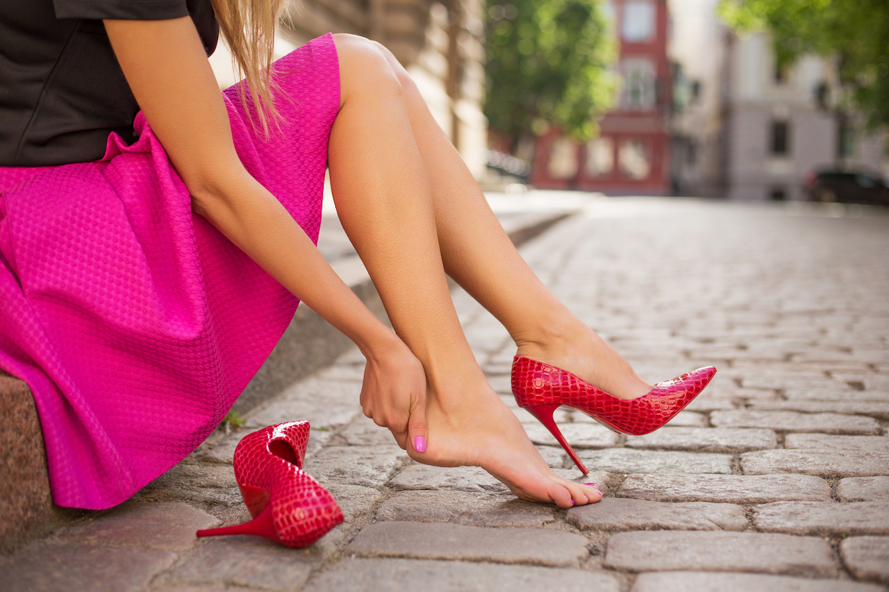 10 ways to alleviate your foot pain