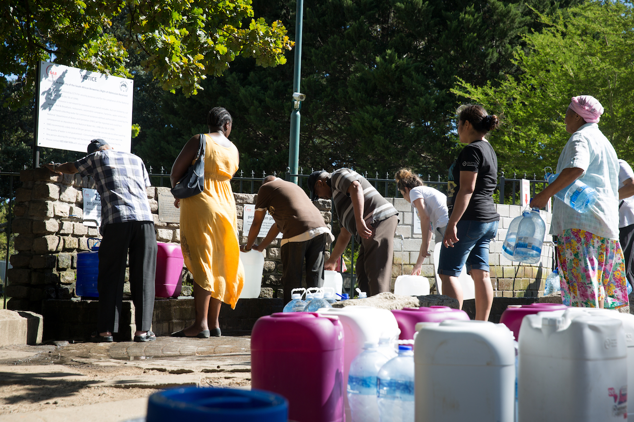 How to stay healthy during the water crisis