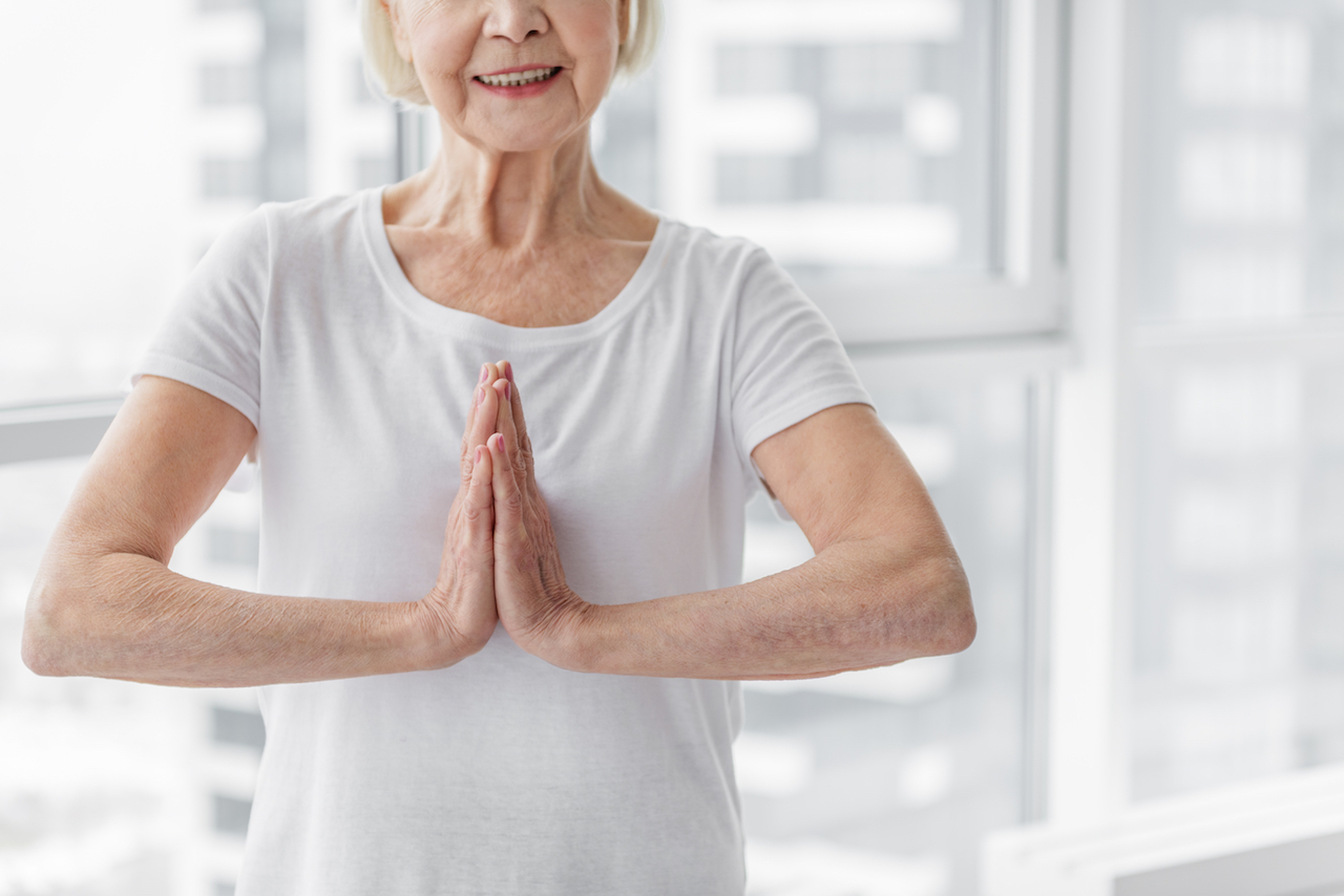Life tips from the oldest yogi in the world